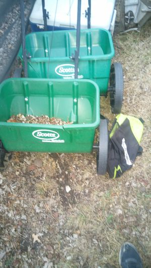 Two grass seeders for Sale in Fulton, MO