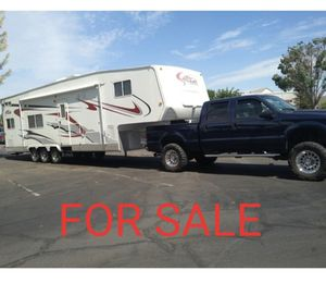 Attitude Toy hauler , Ford F250 super duty turbo diesel for Sale in Redwood City, CA