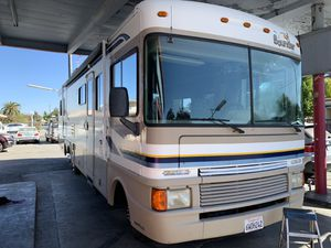 1998 fleetwood bounder Class A coach for Sale in Lodi, CA