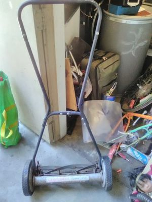 Push lawn mower for Sale in Fresno, CA