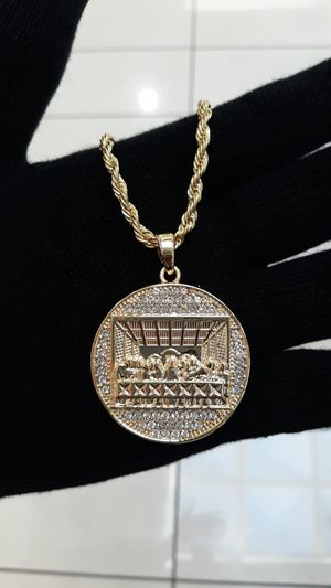 Last supper necklace for Sale in Los Angeles, CA