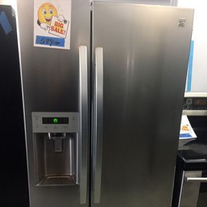 """Refrigerator 33"""" inches Side By Side for Sale in Fort Lauderdale, FL"""