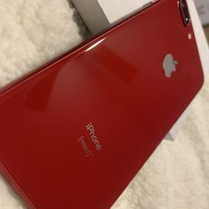 iphone 8 plus 64g for Sale in El Paso, TX