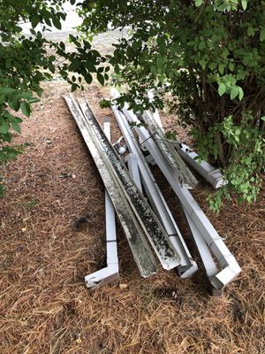 Pending Free used rain gutters/ downspouts pickup in white center for Sale in Seattle, WA