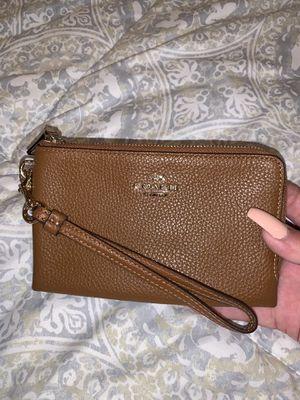 Coach Wristlet/Wallet for Sale in Sterling, VA