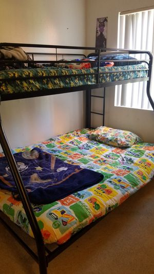Bunk bed for Sale in Corona, CA