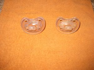 Chico NaturalFit Soft Silicone Age 0-6 months Orthodontic Pacifier (2 pack) in Clear for Sale in Traverse City, MI