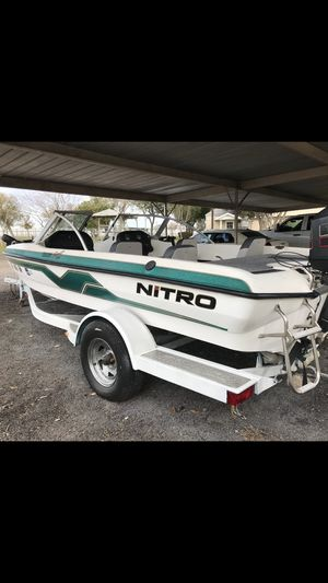 1998 boat moter trailer nitro for Sale in Rockwall, TX