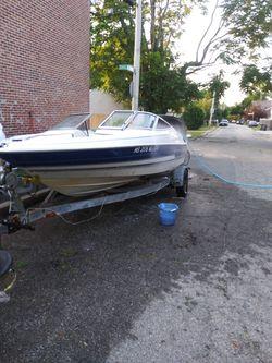 Bayliner capri for Sale in North Providence,  RI