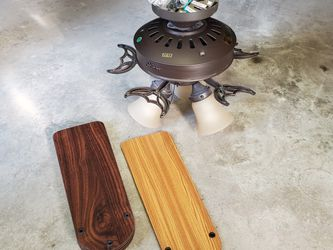 Hunter Ceiling Fan for Sale in McHenry,  IL