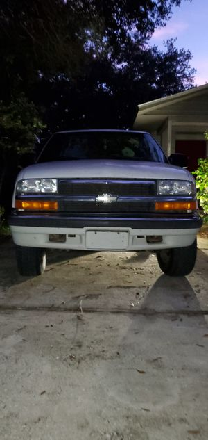 Chevy blazer 4x4 for Sale in Lake Placid, FL