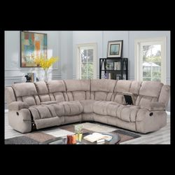 Jadey Grey Reclining Sectional Fabric 🔴🔴Taxes Season Special🔴🔴 for Sale in Houston,  TX