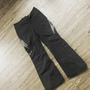 Patagonia Insulated ski pants, women's medium for Sale in Portland, OR