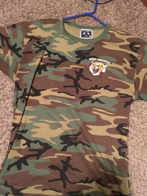 Riot Society & Camo Joggers size XL new! for Sale in Cleveland, OH