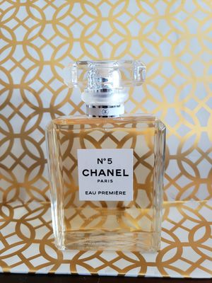 Chanel No 5 Eau premiere parfume 3.4 oz for Sale in Portland, OR