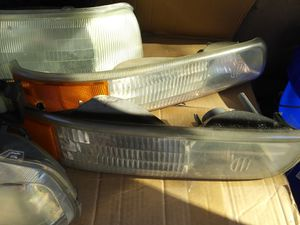 Chevy Suburban /Tahoe Lens headlight and turning signal for Sale in Saint Charles, MD