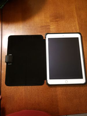 Apple IPad Air 2 Wifi+Cellular 128GB for Sale in Tampa, FL