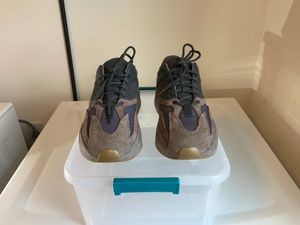 Adidas YEEZY Boost 700 MAUVE Size 10.5 - USED for Sale in St. Cloud, FL