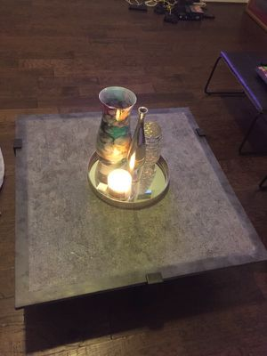 Coffee table with matching side table for Sale in Houston, TX