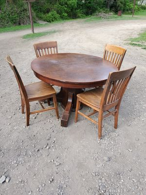 Antique table and chairs for Sale in Murrysville, PA