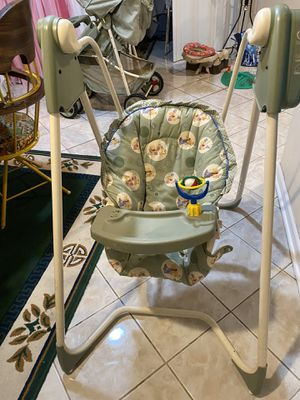 Baby swing chair for Sale in River Forest, IL