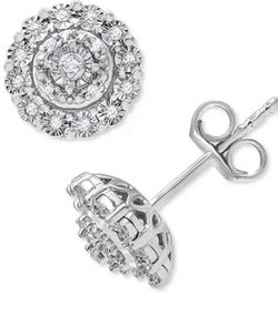 Macy's Diamond Earring for Sale in Perris,  CA