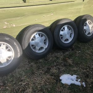 15 for Sale in Lyons, IL