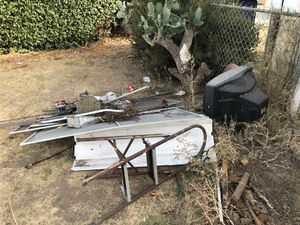 Free metal for Sale in Alhambra, CA
