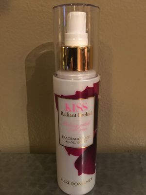 PURE ROMANCE Radiant Orchard 4oz FRAGRANCE MIST Blushing Petals & Fresh Pear NEW/UNUSED for Sale in Dublin, OH