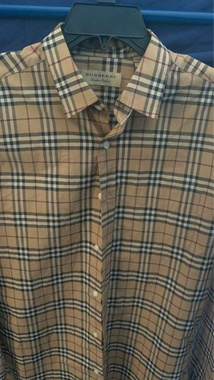 Burberry button up size:M for Sale in Los Angeles, CA