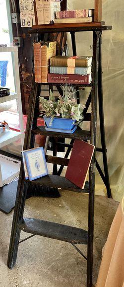 Vintage French Back Ladder Bookshelf for Sale in Chicago,  IL