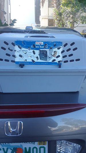 Small pet carrier for Sale in Hillsboro Beach, FL