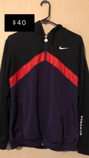 Vintage Nike jacket/hoodie for Sale in Washougal, WA