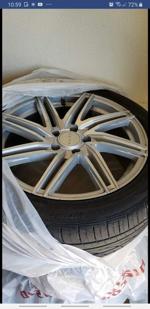 "18"" polished chrome rims and tires for Sale in San Angelo, TX"