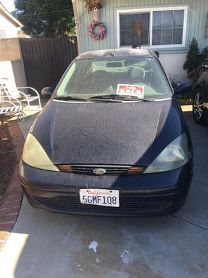 2004 Ford Focus (parts only ) Pink Slip and Keys in Hand for Sale in Montclair, CA