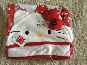 BRAND NEW HELLO KITTY KIDS BATH TOWEL FROM JAPAN-CASH/VENMO ONLY for Sale in Herriman, UT