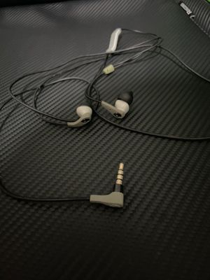 Skullcandy Earbuds for Sale in Tampa, FL