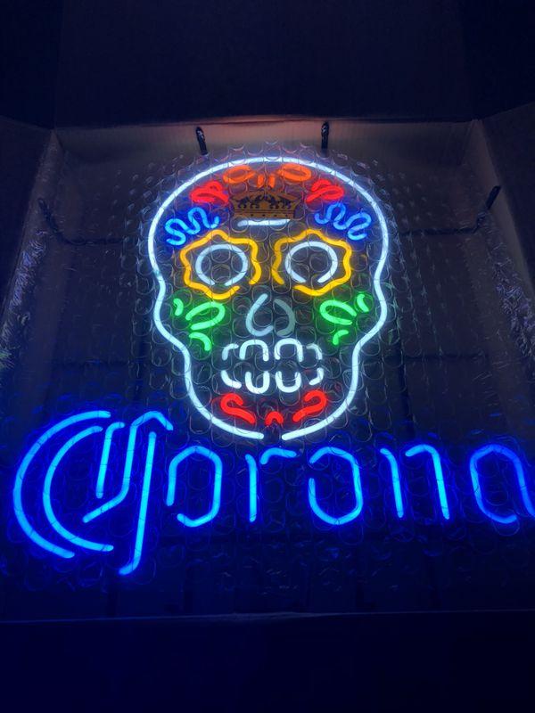 Modelo Sugar Skull Neon Sign Light for Sale in Eastvale, CA - OfferUp