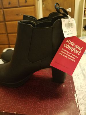 Ladies boots all new and pair of heels never worn for Sale in Stockton, CA