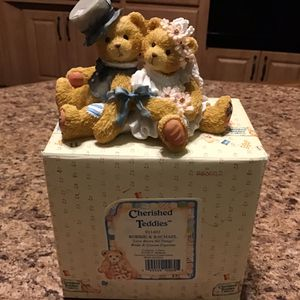 "Cherished Teddies~ ""Love Bears All Things"" ROBBIE & RACHAEL, Bride and Groom Figurine 911402 for Sale in Brooklyn, NY"