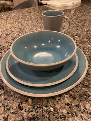 Martha Stewart dishes service for 8 for Sale in Gaithersburg, MD
