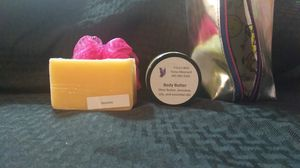 Gift set, soap, bath puff, body butter for Sale in Baltimore, MD
