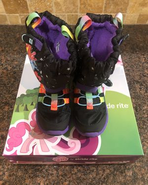 Girls boots - SIZE 10 1/2W for Sale in Holland, MI