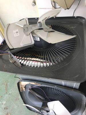 Goodman condensing fan motor for Sale in New Port Richey, FL