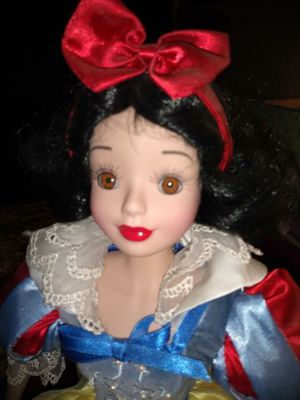 Snow white for Sale in Damascus, MD