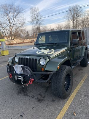 2008 Jeep Wrangler Sahara unlimited for Sale in Maple Heights, OH