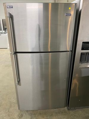 Top and bottom refrigerator maytag ,stainless steel for Sale in Miami, FL