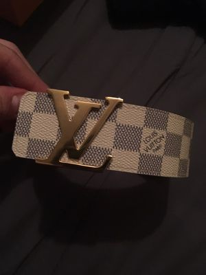 Louis Vuitton Belt white 95 cm for Sale in Monroeville, PA