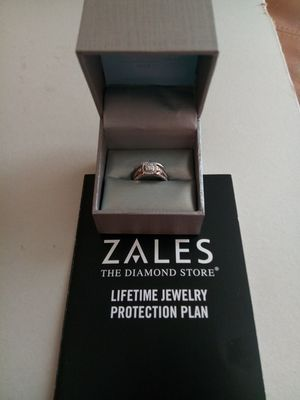 """""""ZALES The Diamond Store/Engagement & Wedding Ring Set for Sale in Wyandotte, MI"""