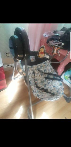 Free baby swing for Sale in San Bernardino, CA